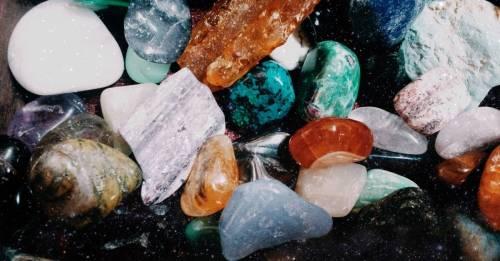 Estos cristales son perfectos para purificar el hogar: ¿cuál te conviene a ti?