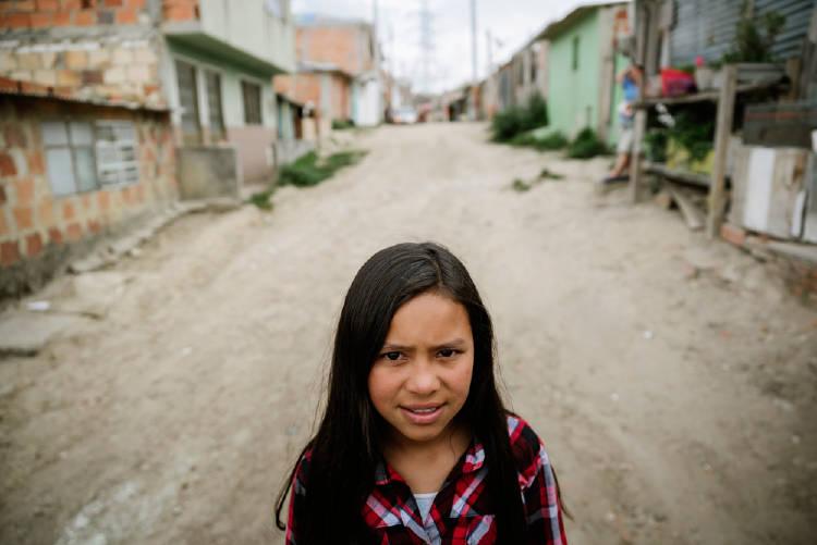 niña pobreza