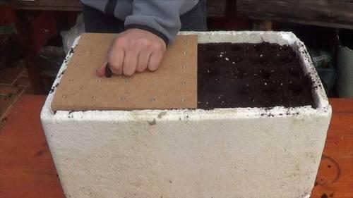 Cómo hacer una herramienta para sembrar
