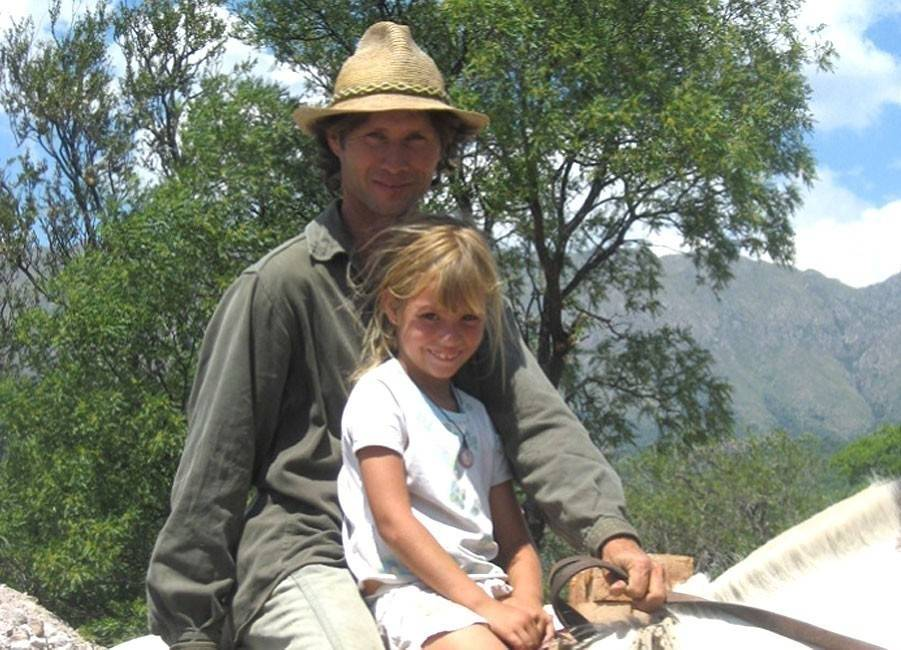 Wallala: la comunidad argentina donde las familias trabajan la tierra y constr..