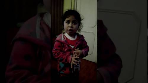 El video de esta niña que regaña a su padre está matando a todo el mundo de..