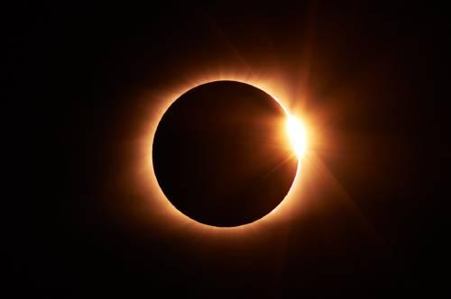 El 11 de Agosto habrá eclipse de sol: ¿dónde y cómo se podrá ver?