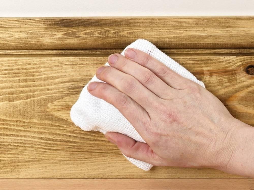 Cómo conservar la madera naturalmente