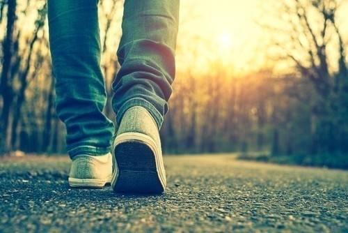 3 cosas geniales que le pasan a tu cerebro si sales a caminar