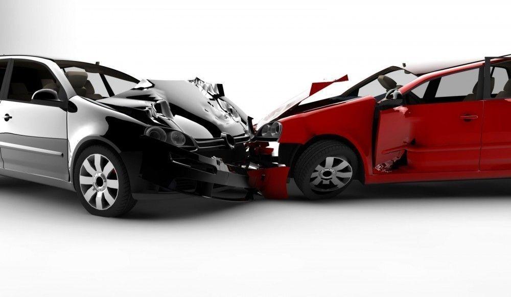 Los autos plateados tenían aproximadamente un 50% menos de probabilidades de verse involucrados en un choque