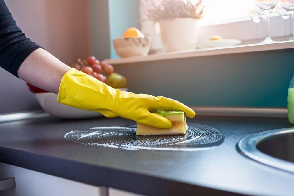 Por qué deberías dejar de usar las típicas esponjas de cocina