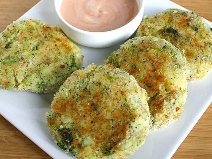 Hamburguesas vegetarianas de brócoli y patatas
