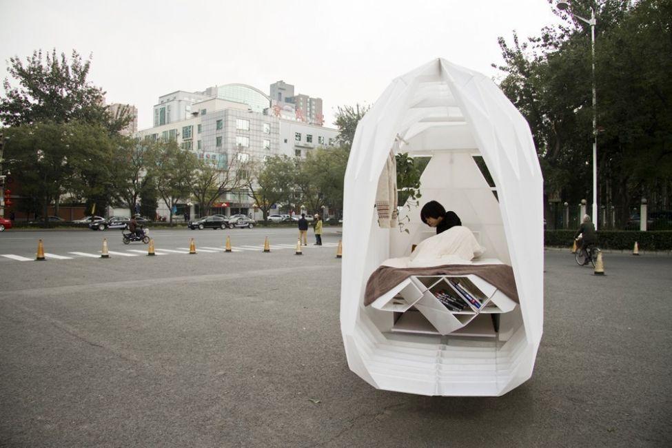 Una pequeña casa que puedes llevar contigo, ¡en un triciclo!