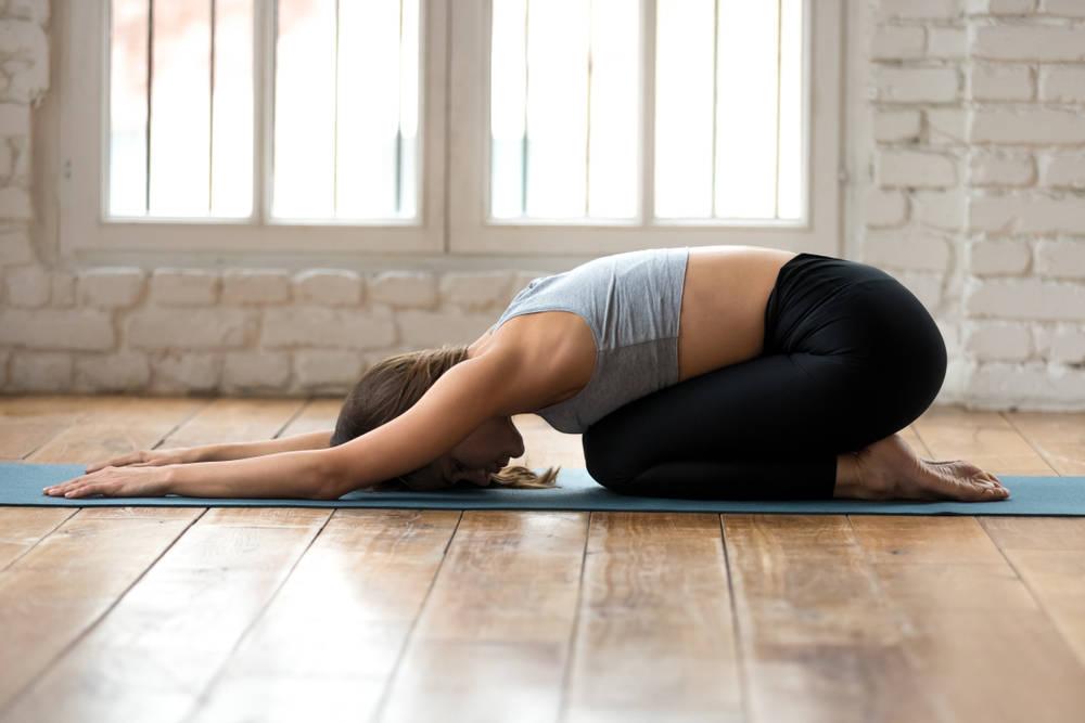 Sencillas posturas de yoga para tener más flexibilidad