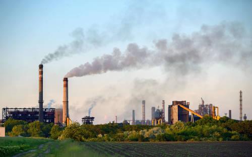 El récord de emisiones de CO2 de 2019 agrava aún más la crisis climática