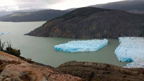 """El desprendimiento del glaciar Grey en Chile: advierten que está """"volviéndos.."""