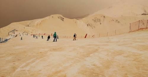 ¿Por qué la nieve se volvió naranja en Rusia?
