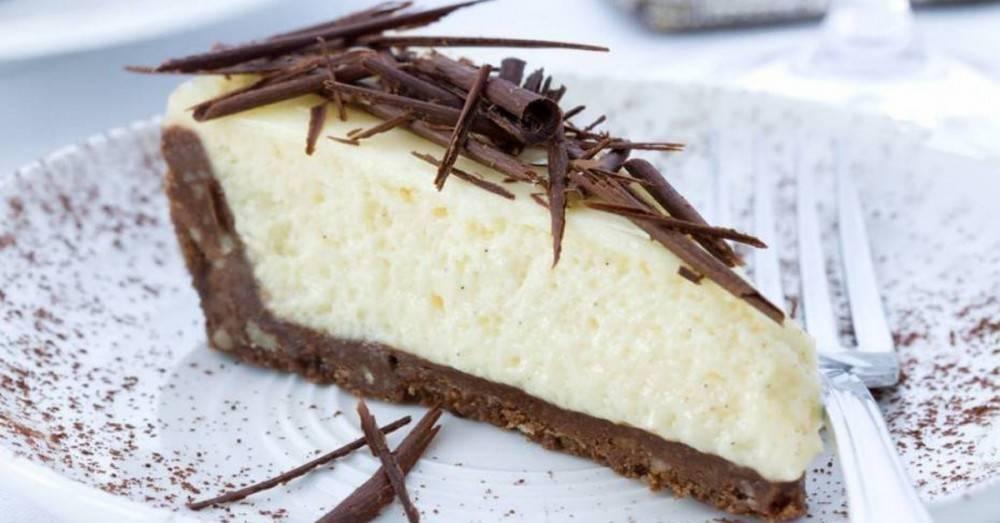 Torta fácil de limón con chocolate sin horno