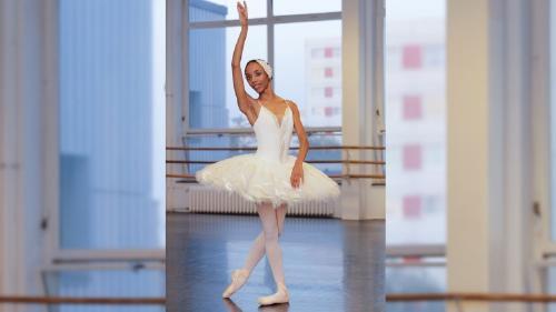 Conoce a Chloé Lopes Gomes, la bailarina que enfrentó el racismo en el ballet de