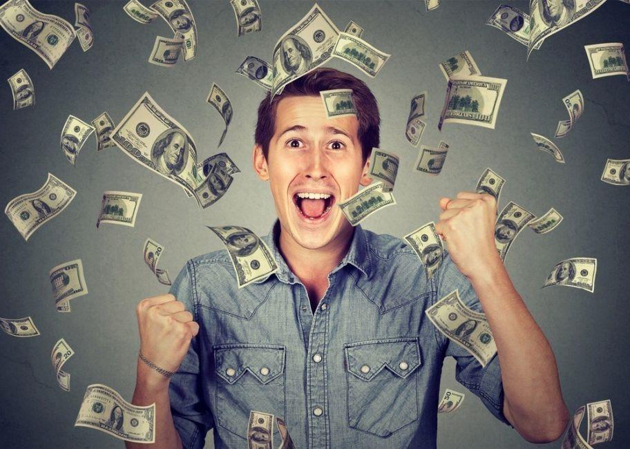 tener mucho dinero