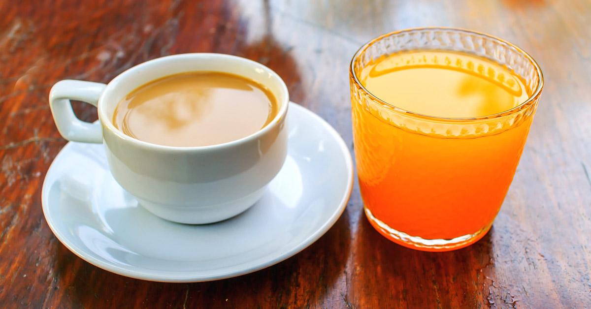 Jugo si y cafe de tomo pasa naranja que