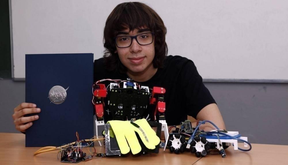 Este joven genio creó un robot que puede ir a Marte y la NASA lo quiere