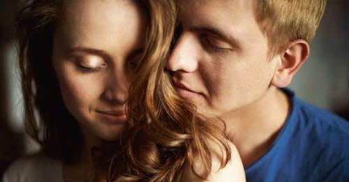 ¿Sabías que el olor enamora? Descubre cómo influye el olfato en la pareja
