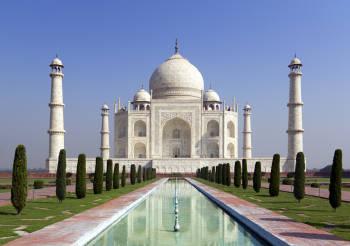imagen del taj mahal un monumento sagrado de la India, en la ciudad de Agra