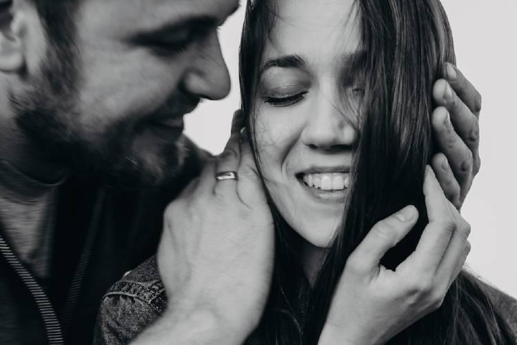 pareja feliz relacion increible