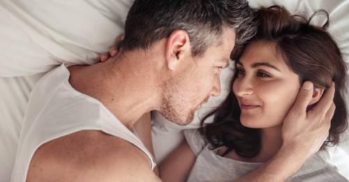 ¿Cómo entablar una relación con una persona que nunca ha sido amada en su vida?