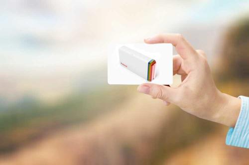 Diseñan una nueva impresora Polaroid que convierte tus fotos en pegatinas