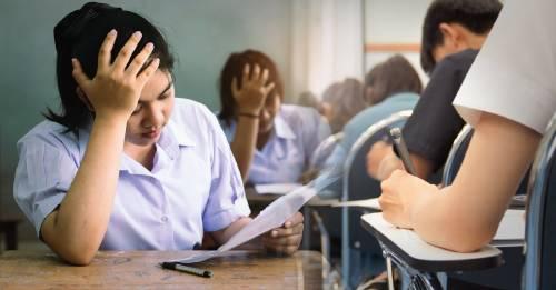 """Singapur elimina los exámenes porque aprender """"no es una competición"""""""