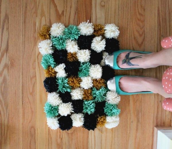 diy-yarn-rug