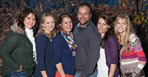 Un hombre de Utah y sus 5 esposas mostraron cómo es la vida dentro de la poligamia