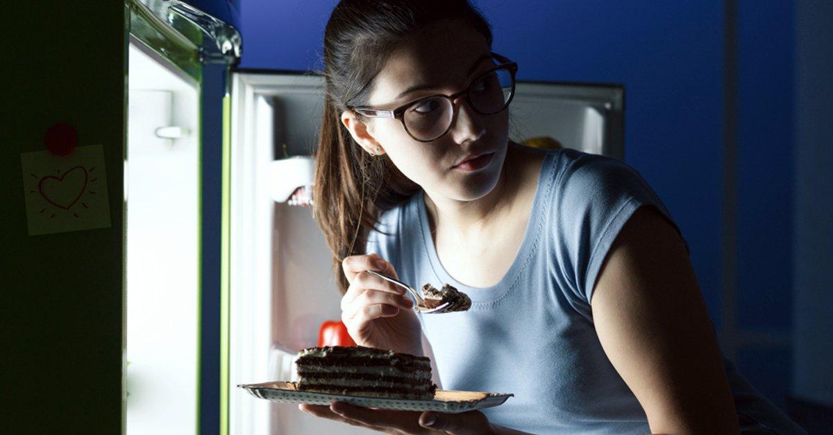 comer entre horas infringement engordar