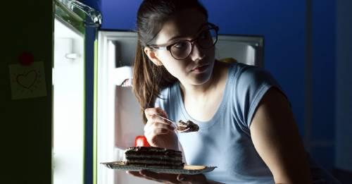 """5 """"permitidos"""" que puedes comer por las noches sin engordar"""