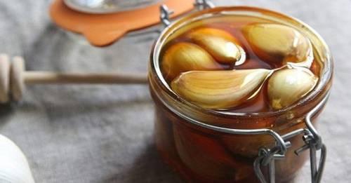 Remedio natural de ajo y miel con innumerables beneficios para la salud