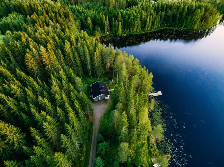 Finlandia le enseña a los turistas cómo ser felices