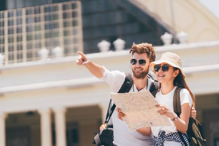 turismo pareja viaje viajar