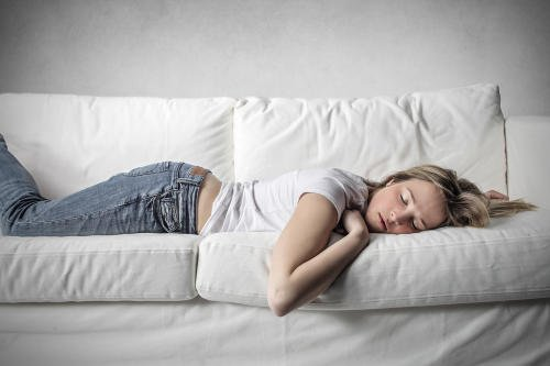 La necesidad de tomar una siesta se debe a factores genéticos