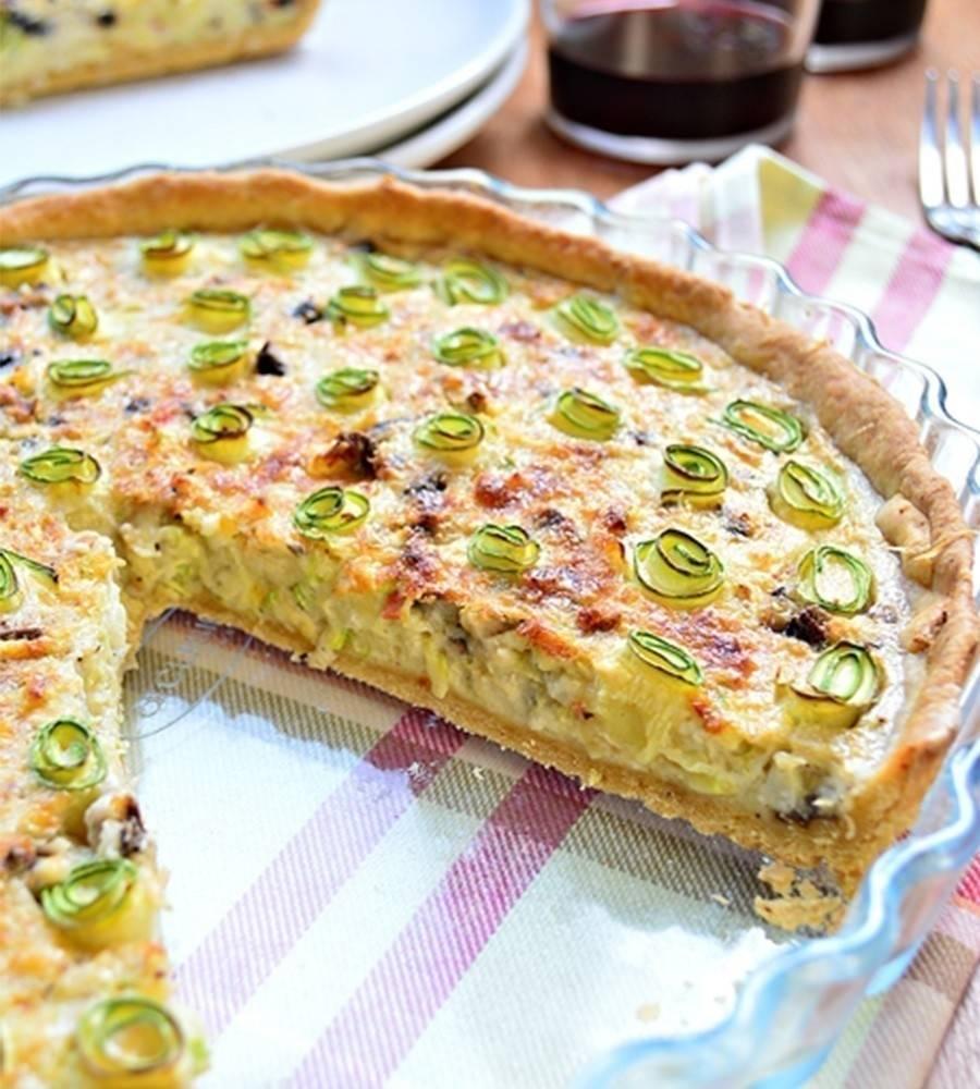 Tarta de calabacín, queso y champiñones
