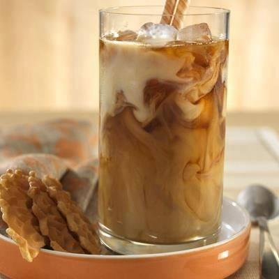 Batido nutritivo de vainilla y leche de almendras