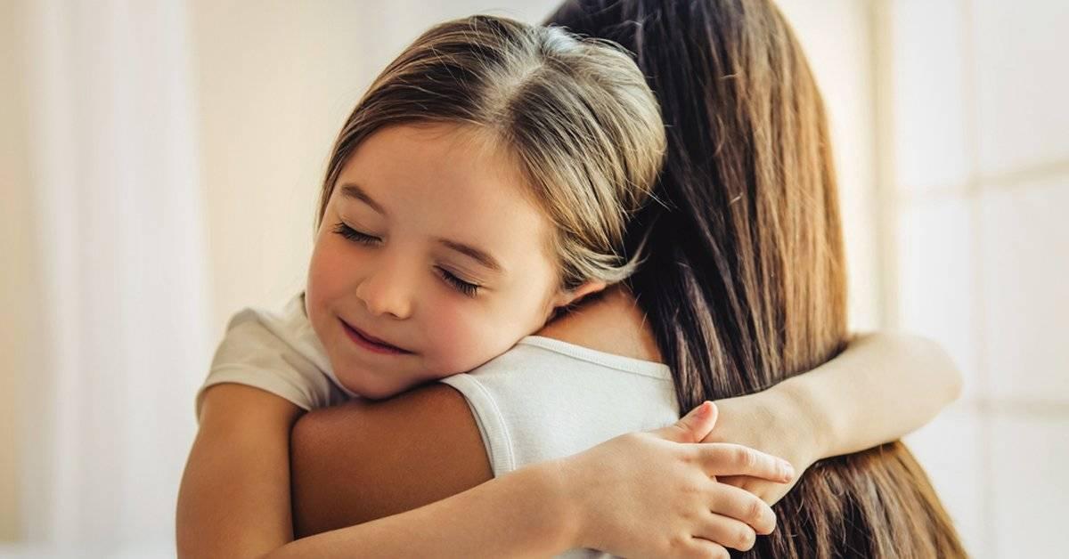 6 cosas que una madre debería enseñar a su hija antes de los 10 años