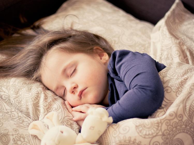 ¿Cuántas horas necesitas dormir de acuerdo a tu edad?