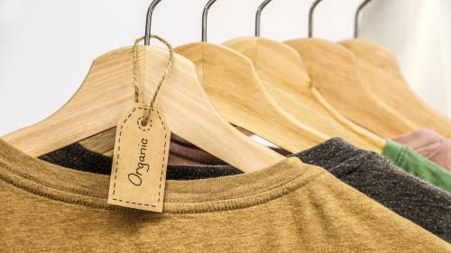 Reutilizar los residuos para transformarlos en prendas de moda