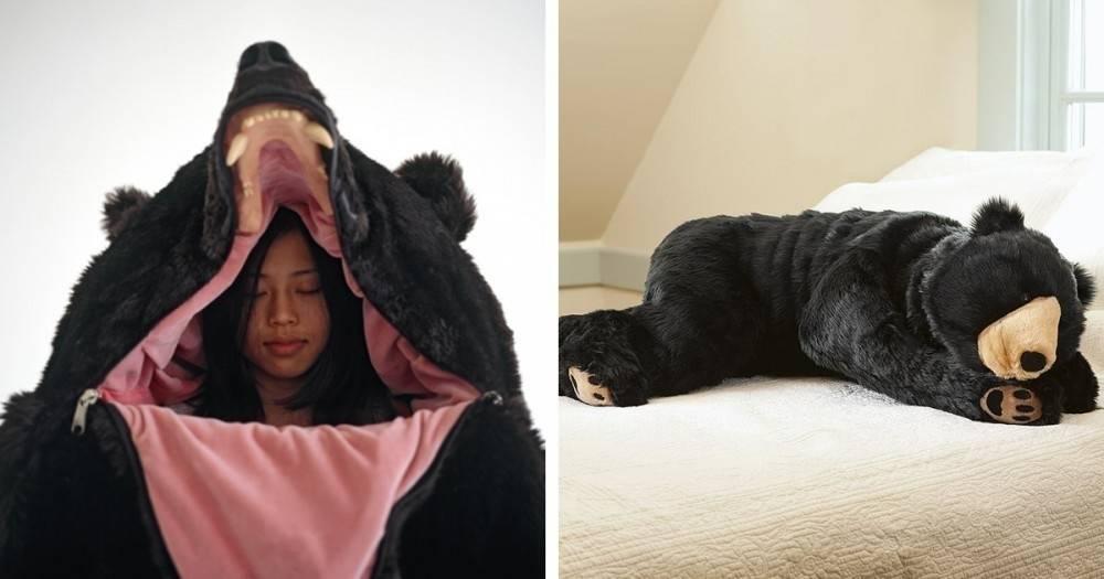 Una bolsa de dormir con forma de oso para los que quieran hibernar