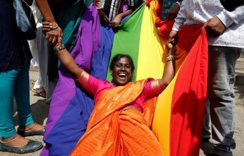 Tarde pero necesario: ¡India despenalizó la homosexualidad!
