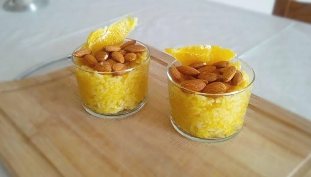 Postre sin azúcar de arroz y naranja