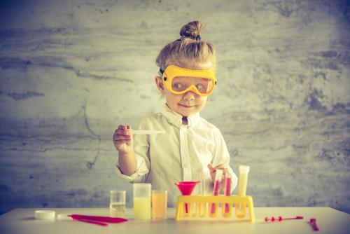 ¿Por qué hay menos mujeres en carreras de ciencia?
