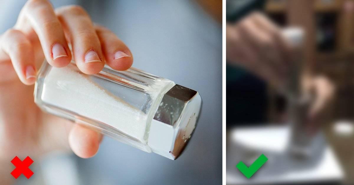 El video viral que te muestra que llevas toda la vida echando mal la sal y cómo se hace realmente