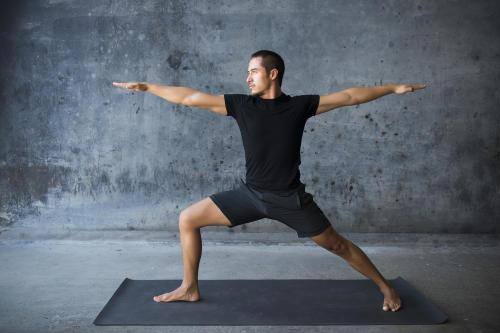 Con solo 30 minutos de yoga al día puedes obtener muchos beneficios