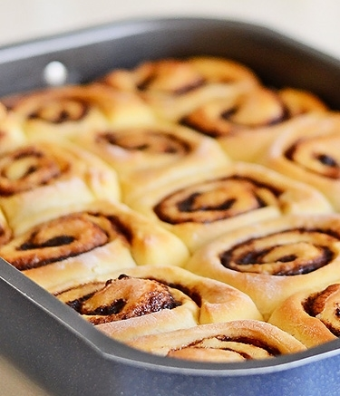 crazy-dough-cinnamon-rolls5-w