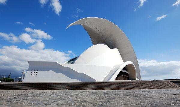 Auditorio_de_Tenerife_Seitlich