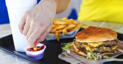 ¿Hay flúor en la comida rápida?