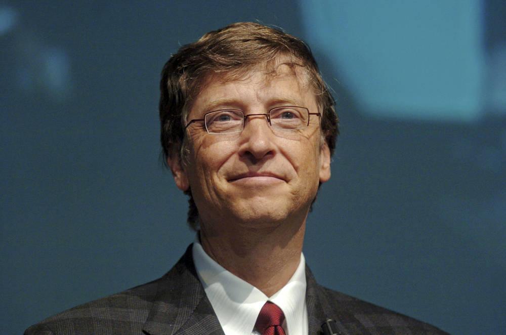 Bill Gates creó un retrete que no necesita agua ni cloacas
